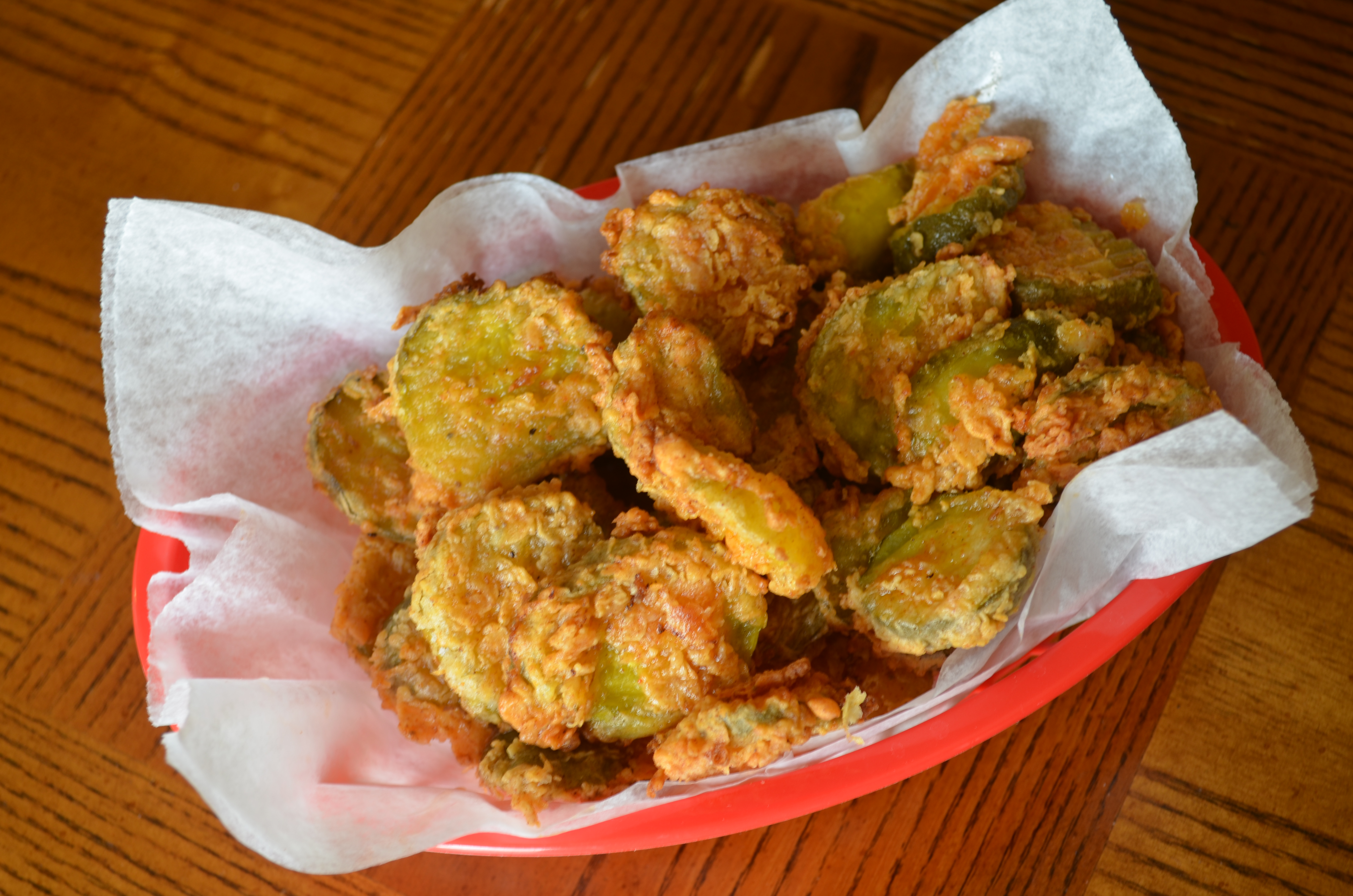fried pickles, southern food, South, food & drinks