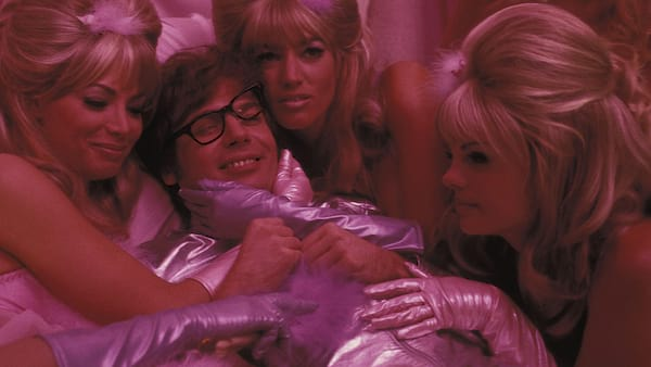 Austin Powers: International Man of Mystery, Austin Powers