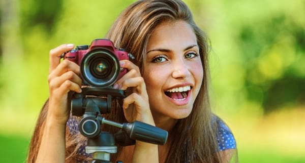 photography, woman taking pictures