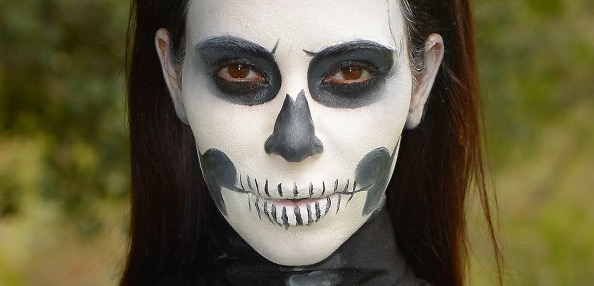 kim kardashian, halloween, skeleton