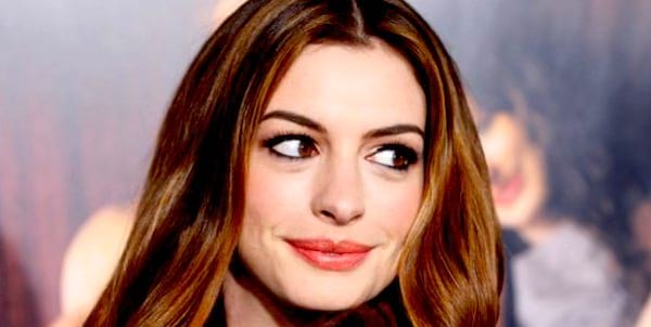Anne Hathaway, jersey, travel, pop culture, culture