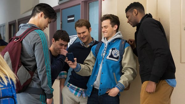 13 reasons why, phone, guys, tv, movies/tv, pop culture