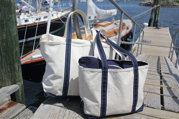 women's boating outfits, what to wear while boating, cute boating outfits, boating bags, fashion