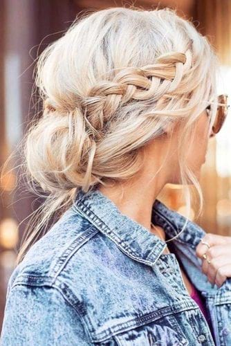 Nautical Hairstyles To Wear While Boating Or At The Beach ...