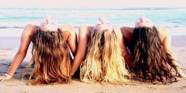 nautical hairstyle to wear while boating or at the beach, beach hair, boating hairstyles, how to hairstyles, beauty, fashion