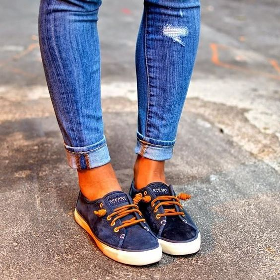 Sperry's, Pontoon Shoes, Best shoes to wear while Pontooning, Boat Shoes, women's boating shoes, fashion