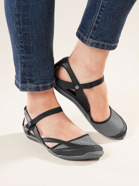 Teva, Northwater Sandals, Pontoon Shoes, Best shoes to wear while Pontooning, Boat Shoes, women's boating shoes, fashion