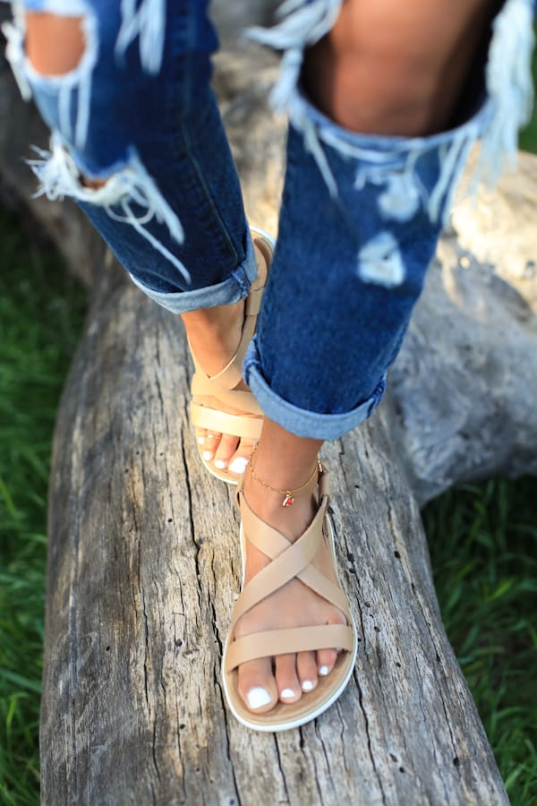 Teva, Pontoon Shoes, Best shoes to wear while Pontooning, Boat Shoes, women's boating shoes, fashion