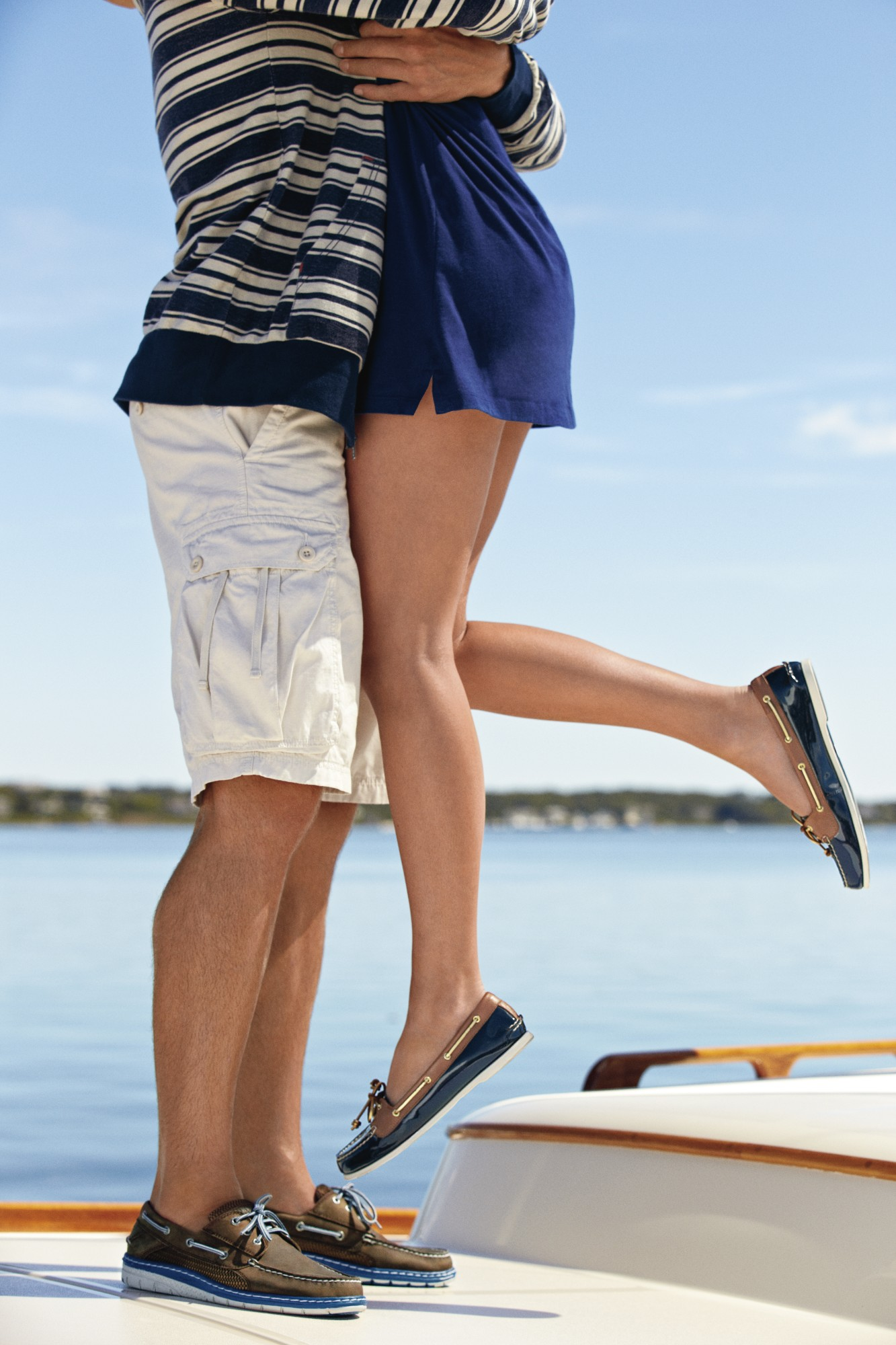 sperry's boat shoes, Pontoon Shoes, Best shoes to wear while Pontooning, Boat Shoes, women's boating shoes, fashion
