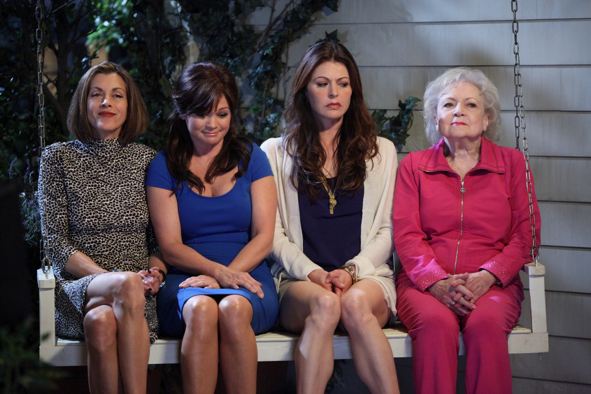 betty white, Betty White on Hot in Cleveland, What does Betty White Look like now, Betty White After the Golden Girls, celebs, movies/tv