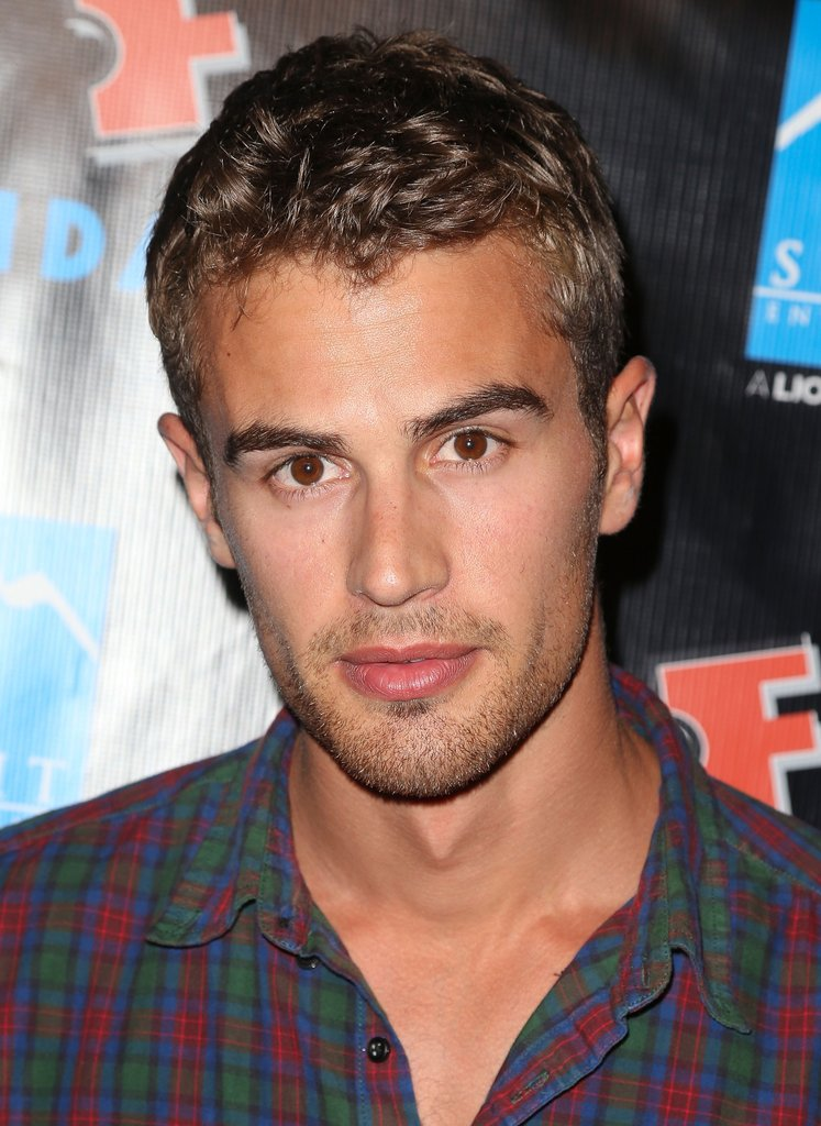 Theo James, Sexy pictures of Theo James, Hot photos of Theo James, sexiest Theo James photos, celebs, movies/tv
