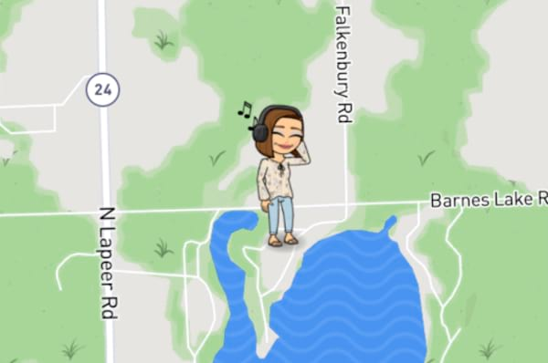 Snap Map Bitmoji With Headphones On Listening To Music, snap map, snap chat