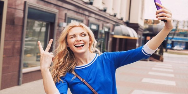 best instagram captions for selfies, how to write a selfie caption, funny Instagram captions, best captions for Instagram selfies, how to, pop culture, science & tech