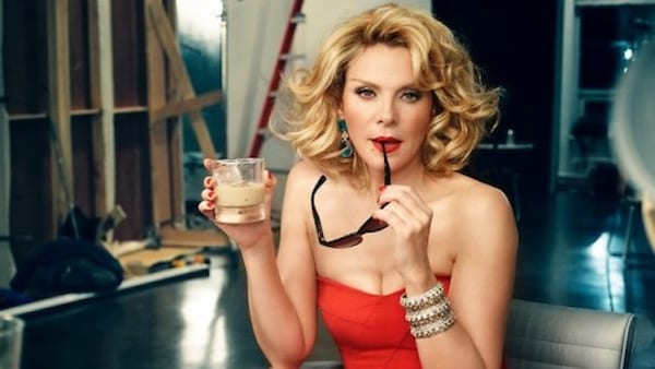 samantha jones, sex, sex and the city, drink, blonde, blond, think, thinking, personality