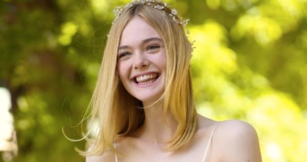 South, Southern, blond, blonde, smile, happy, geo, smart, quiz, elle fanning, nature, carefree, innocent, juju