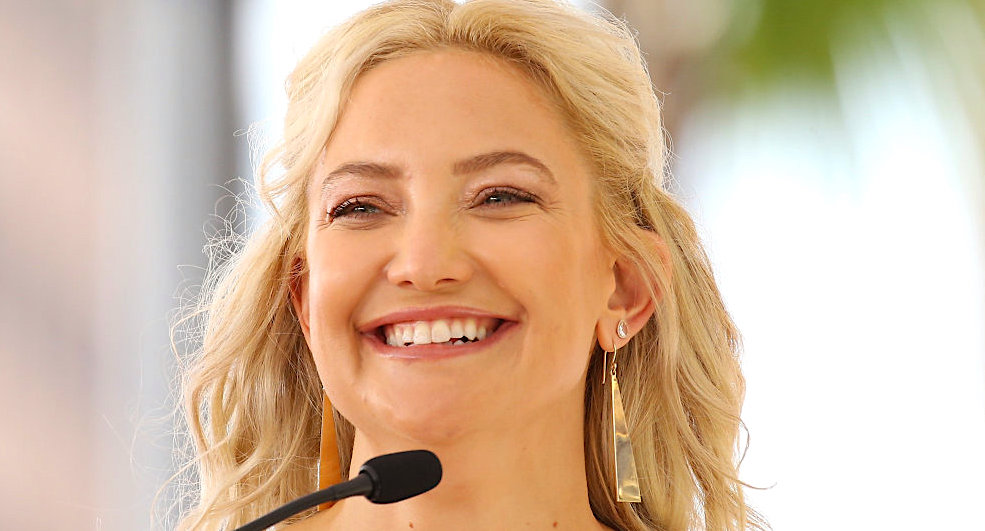 kate hudson, celebs, blonde, blond, happy, pretty, smile, laugh, christian, religion, South, Southern, juju, good, smart