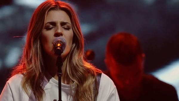 Quiz: Can You Name All of These 15 Popular Hillsong Worship
