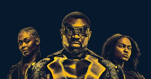 Black Lightning standing with his daughters Anissa and Jennifer behind him., movies/tv, pop culture, wdc-slideshow