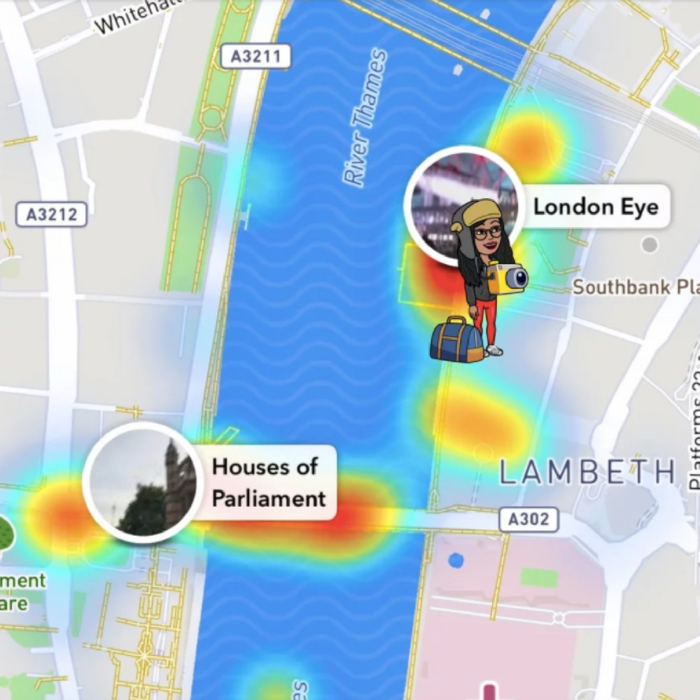 what do the emojis on snapchat map mean, Bitmoji, Snapchat map, sight-seeing, tourists