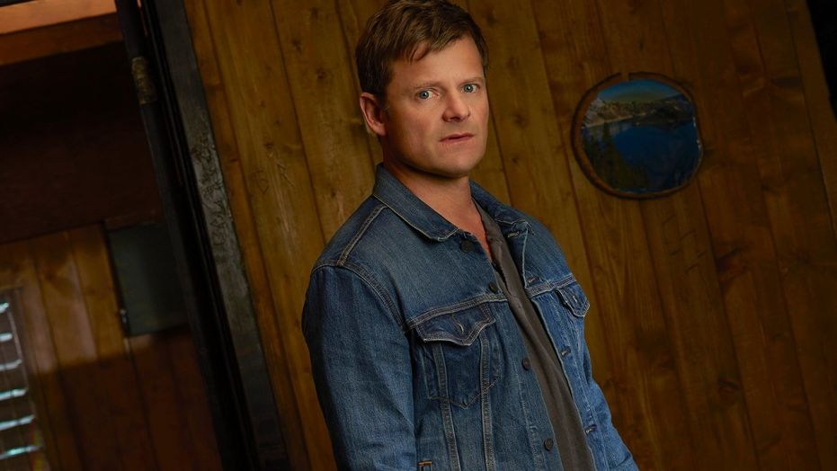 the crossing season 1, the crossing, steve zahn