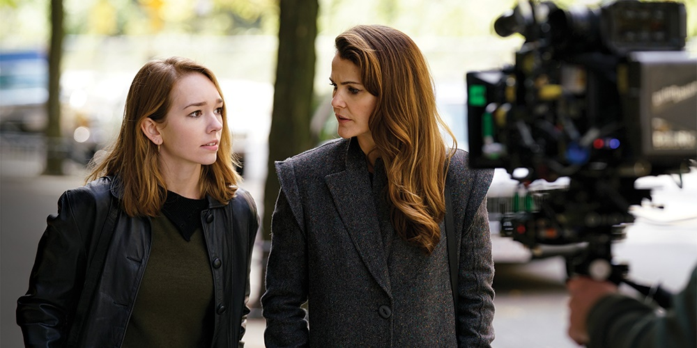 Elizabeth and Paige from The Americans walking down the street., movies/tv, pop culture, wdc-slideshow