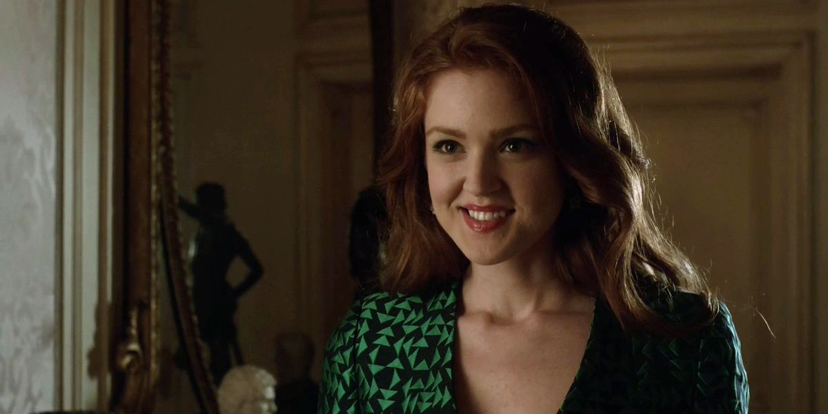 Ivy from Gotham wearing a red dress and smiling., movies/tv, pop culture, wdc-slideshow
