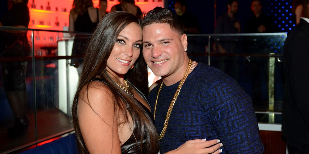 Cast members of Jersey Shore Family Reunion., movies/tv, pop culture, wdc-slideshow