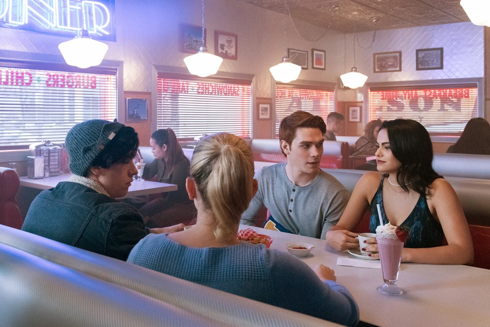 riverdale season 2 episode 19, riverdale, veronica lodge, jughead jones, betty cooper, archie andrews