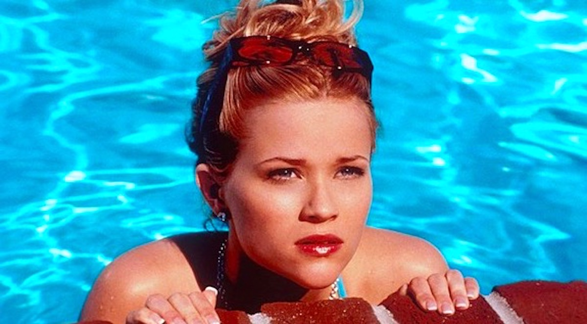 Reese Withersoon with her hair up in the pool. Reese witherspoon, pool, swim, summer, florida, quiz, thinking, art, juju, Reese, sunglasses, South, Southern, smart