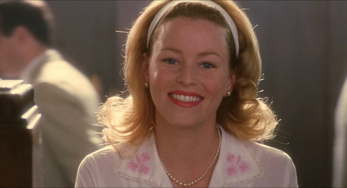 catch me if you can, Elizabeth Banks, happy, teacher, kind, religion, Southern, South, bible, mom, mother, SoSo