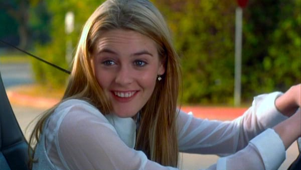 movies/tv, clueless, alicia silverstone as cher during her driver's test
