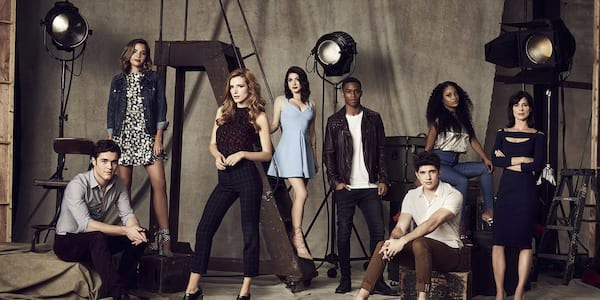 when will famous in love be on netflix, famous in love cast, wdc-slideshow, movies/tv, pop culture