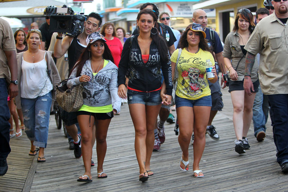 where to watch jersey shore family vacation online, Deena, snooki, JWoww, wdc-slideshow, movies/tv, pop culture