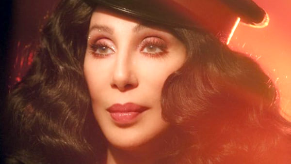 movies/tv, bulesque, cher, Music