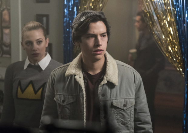 where to watch riverdale season 2 episode 22 online and on tv, cole sprouse, Lili Reinhart, wdc-slideshow, movies/tv, pop culture