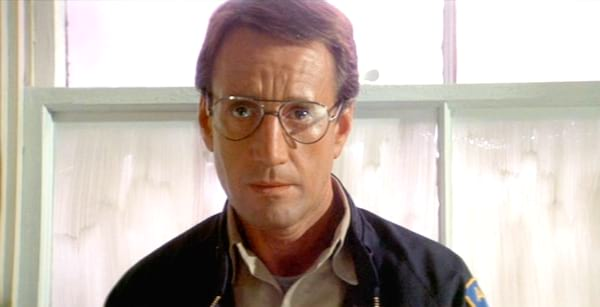martin brady from jaws, Jaws, glasses, engineer, smart, quiz, juju, science
