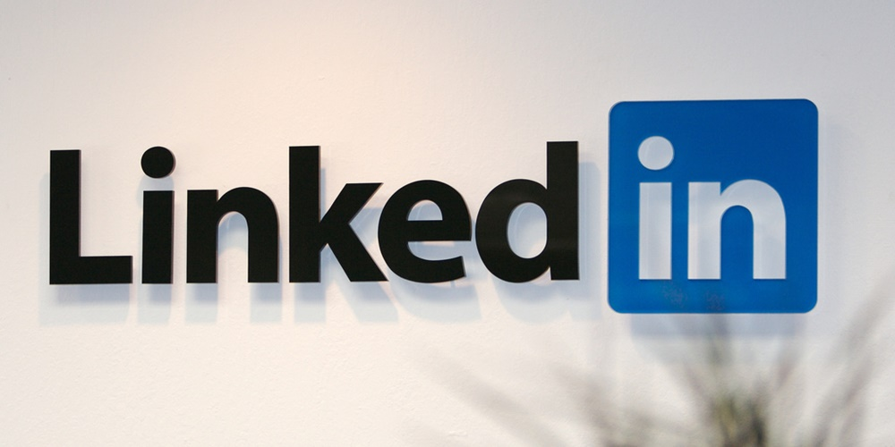 LinkedIn logo., science & tech, career