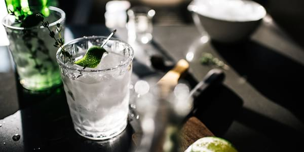 A glass of gin., science & tech, food & drinks