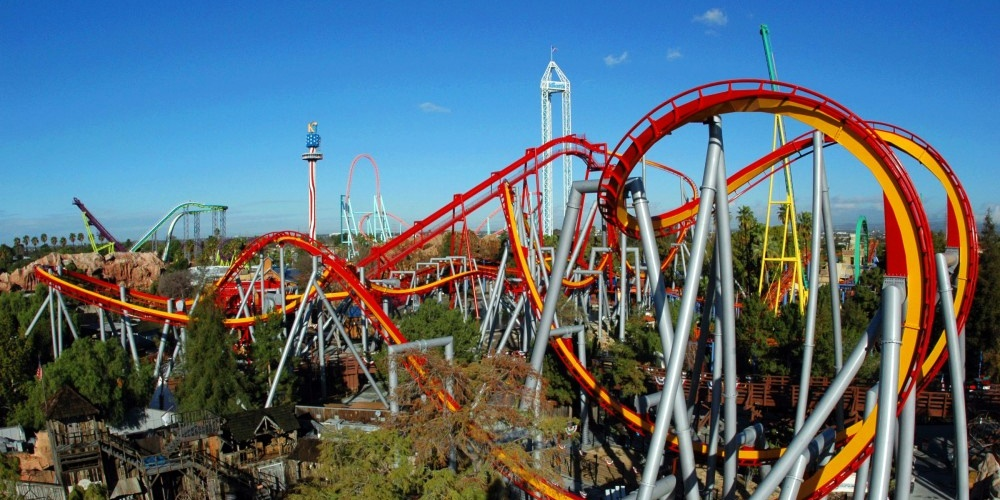 Rollercoaster at Knott's Berry Farm., science & tech, travel