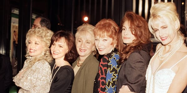 31 Photos Of The Steel Magnolias Cast Then And Now Women Com