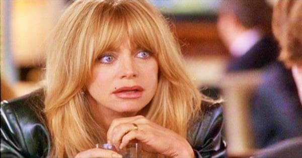 Goldie Hawn pulling a confused face in The First Wives Club