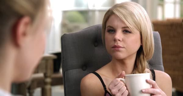 Lauren Cooper having a cup of coffee in MTV's Faking It