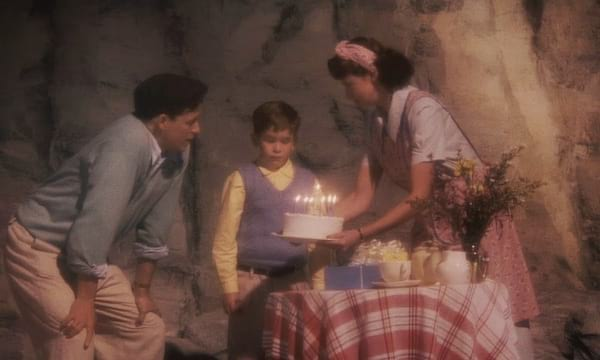 movies, Disney, james and the giant peach, opening scene