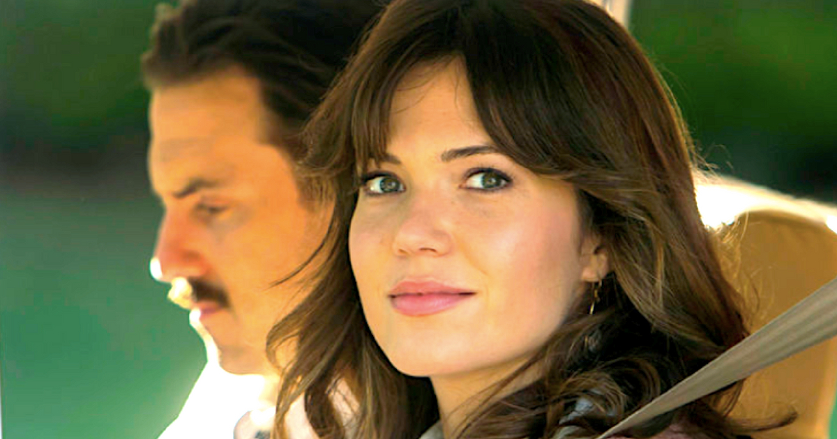 Mandy Moore, This Is Us, New Hampshire, driving, car, liz, brunette