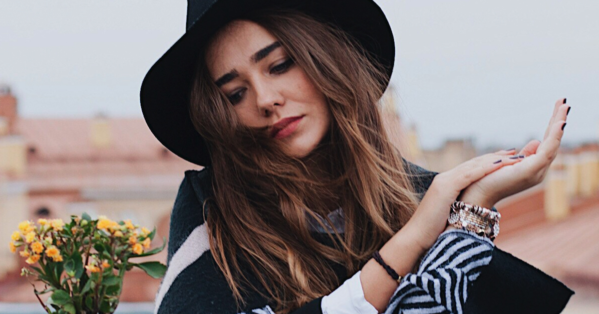 Girl in england with hat, English, UK, england instagram captions, quotes