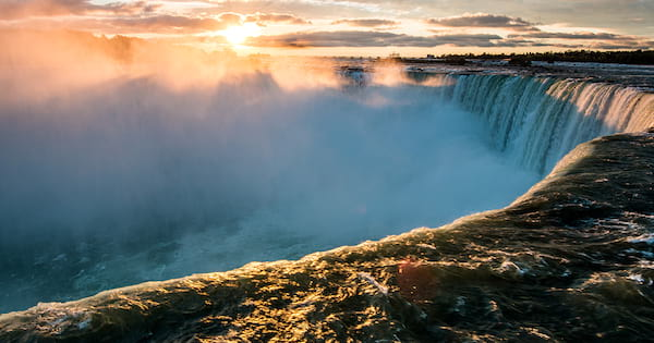 18 Epic Niagara Falls Instagram Captions - Women com