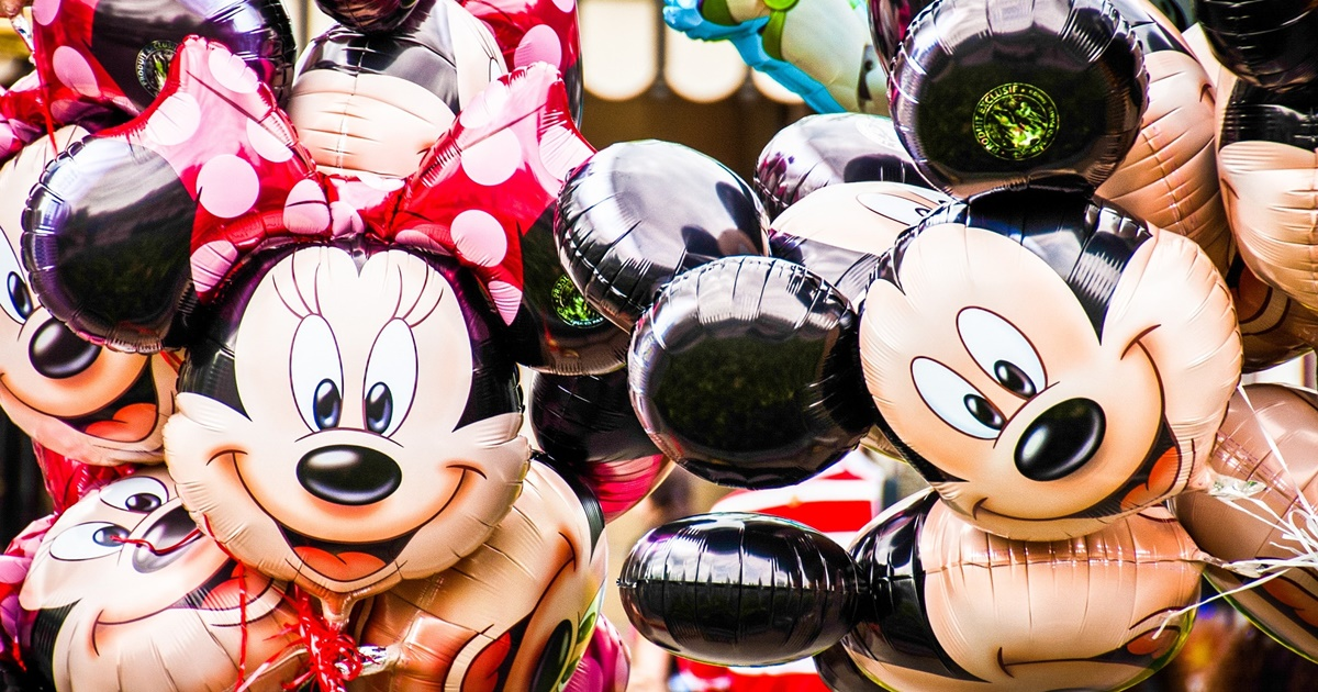 Closeup of many Minnie and Mickey Mouse balloons., science & tech, pop culture