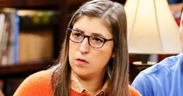 Mayim Bialik as Amy Farrah Fowler in Big Bang Theory