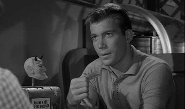 tv, The twilight Zone, william shatner, nick of time