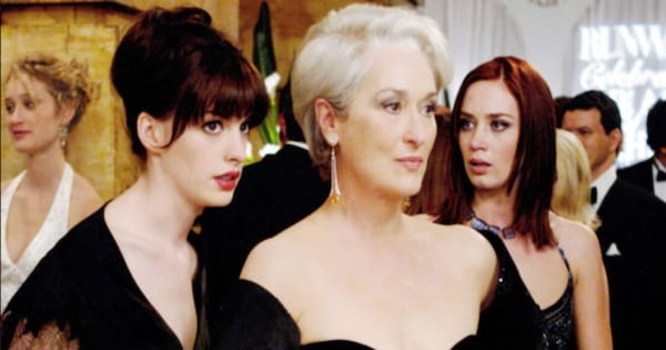 Anne Hathaway as Andy talking to Meryl Streep as Miranda in The Devil Wears Prada (2006)